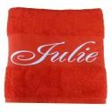 La serviette de bain personnalisée rouge